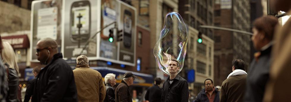 Romain Laurent - Something Real. Człowiek zamknięty w bańce 2