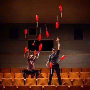 Masterklasy żonglerki wieloosobowej (passing'i) @ Centrum Nowego Cyrku |  |  |